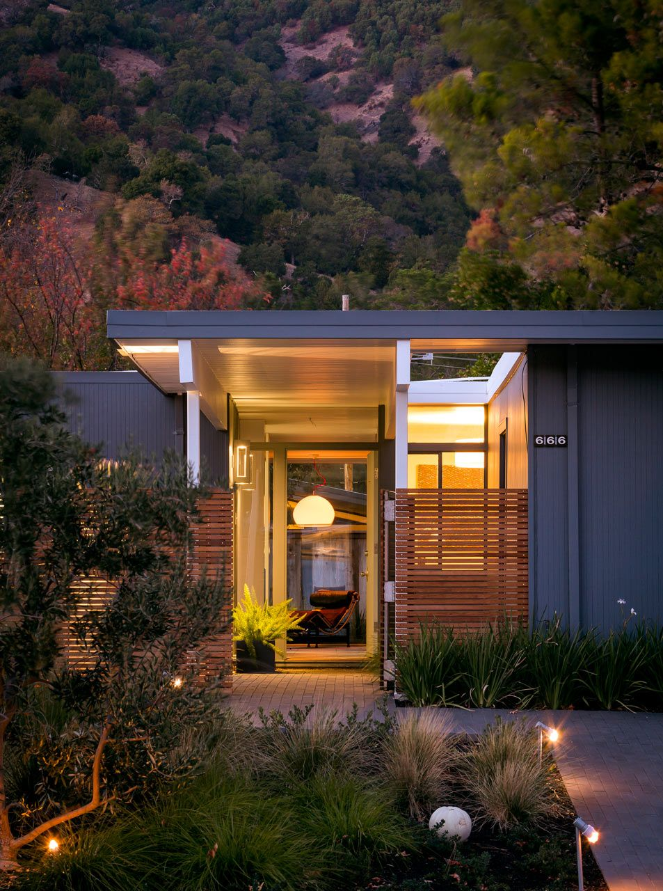 Eichler-in-Marinwood-Shoup-Building-Lab-2