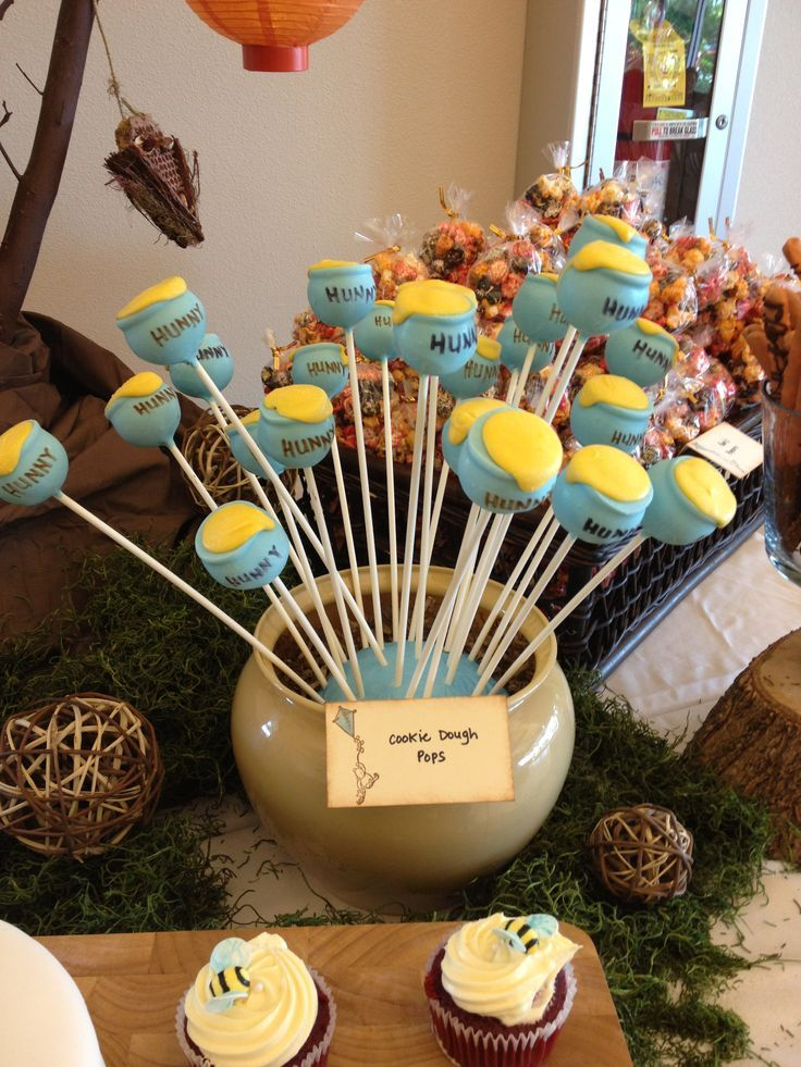 Honeypot Cakepops For Winnie The Pooh Baby Shower Disney Baby Shower Baby Bear Baby Shower Baby Shower Fun