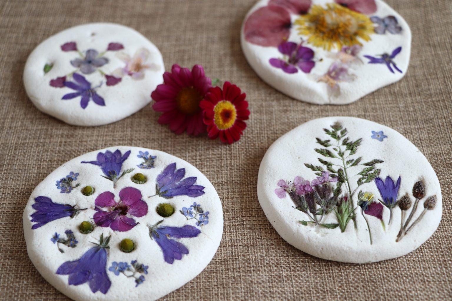 Photo of Raus in die Natur: Basteln mit Naturmaterialien – Salzteig-Mandalas – Lavendelblog
