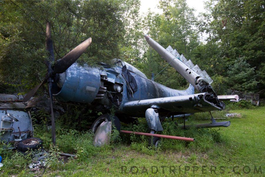 Magazine Abandoned, Abandoned cars, Ejection seat