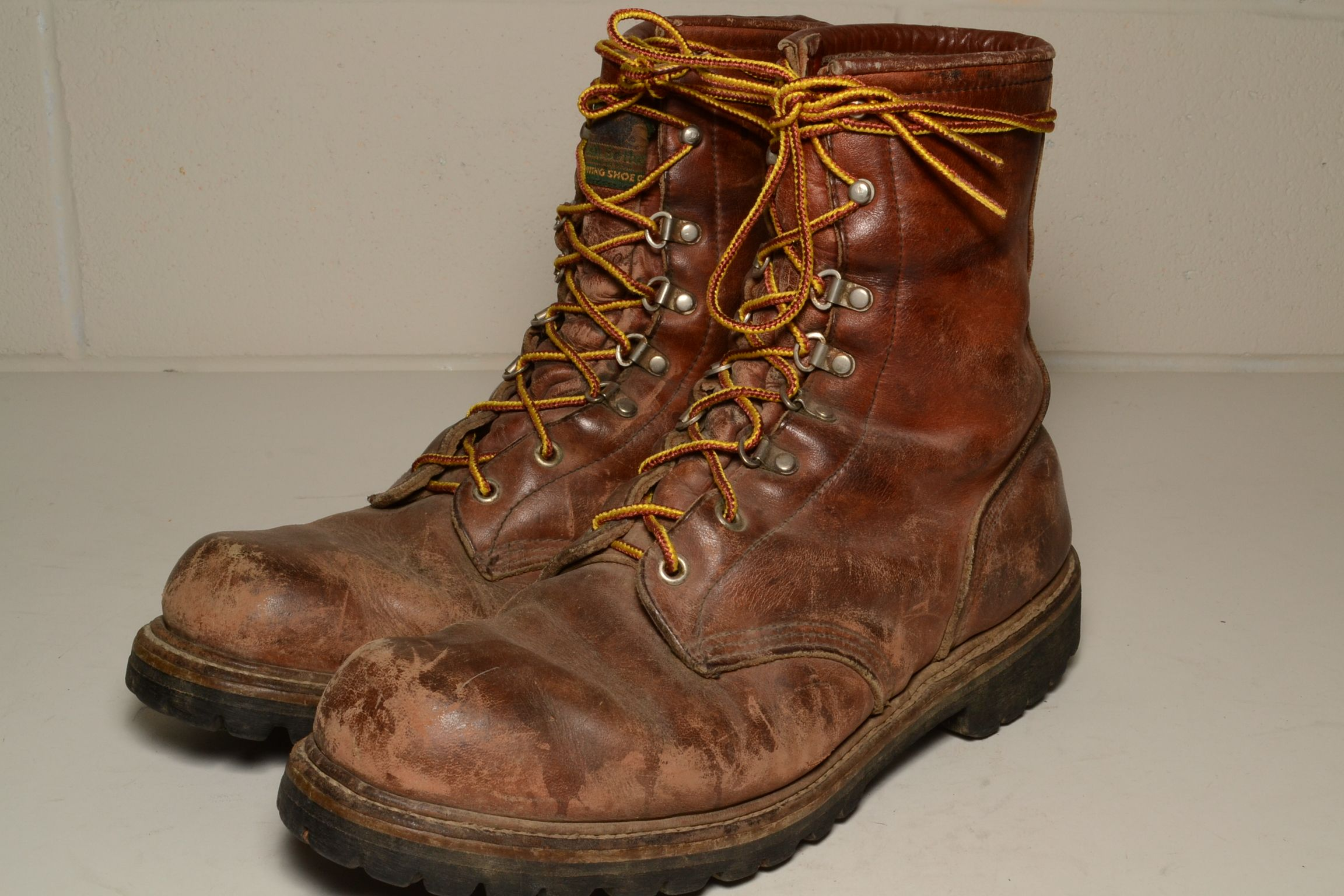 beat up red wing boots - Google Search | 2000'S ( MEN ...