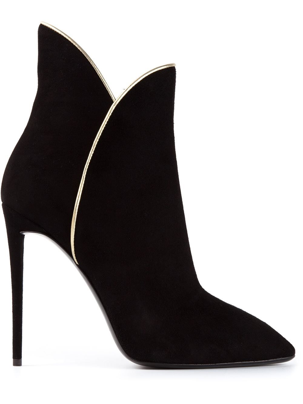 Shop pointed toe boots from Giuseppe Zanotti Design in our fashion  directory.
