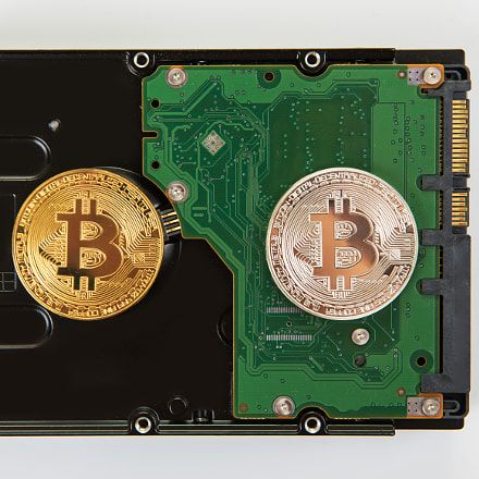 Advertise bitcoin cryptocurrency business online