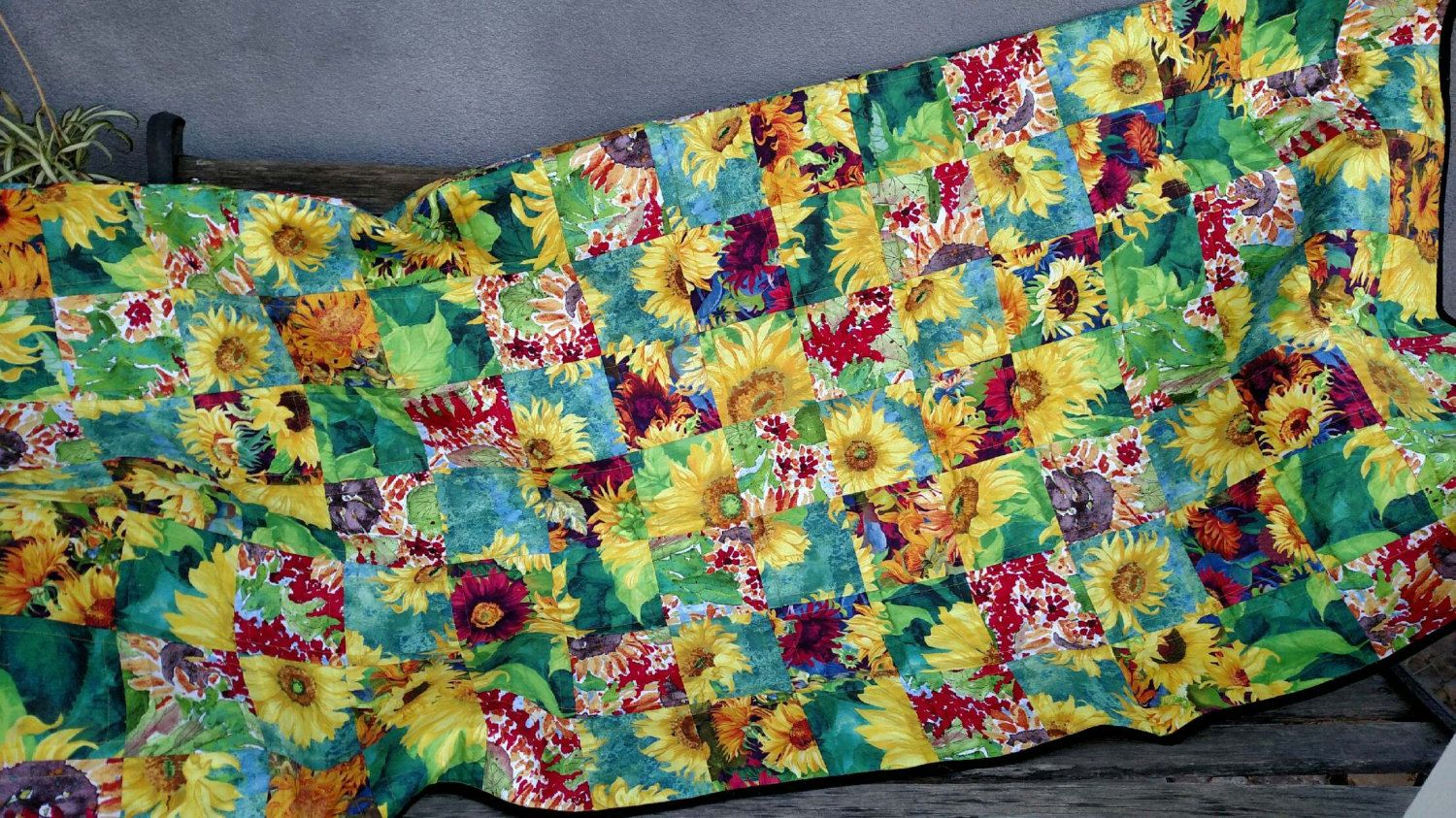 Sunflowers Quilt  Handmade Quilt, Unique Gift Item, Ready to Ship by BermudaStreetQuilts on Etsy
