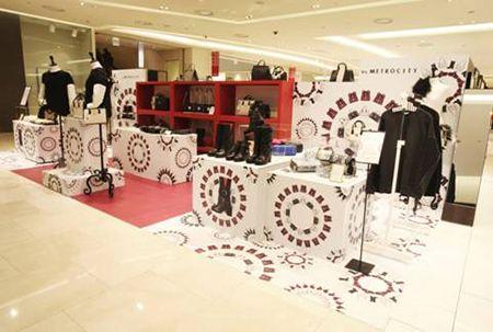 메트로시티, 꾸띄르부터 슈즈까지 '팝업스토어' 오픈 http://www.fashionseoul.com/?p=23161