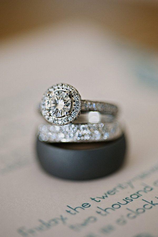 Pin von Vanessa Jackson auf Engagement ring