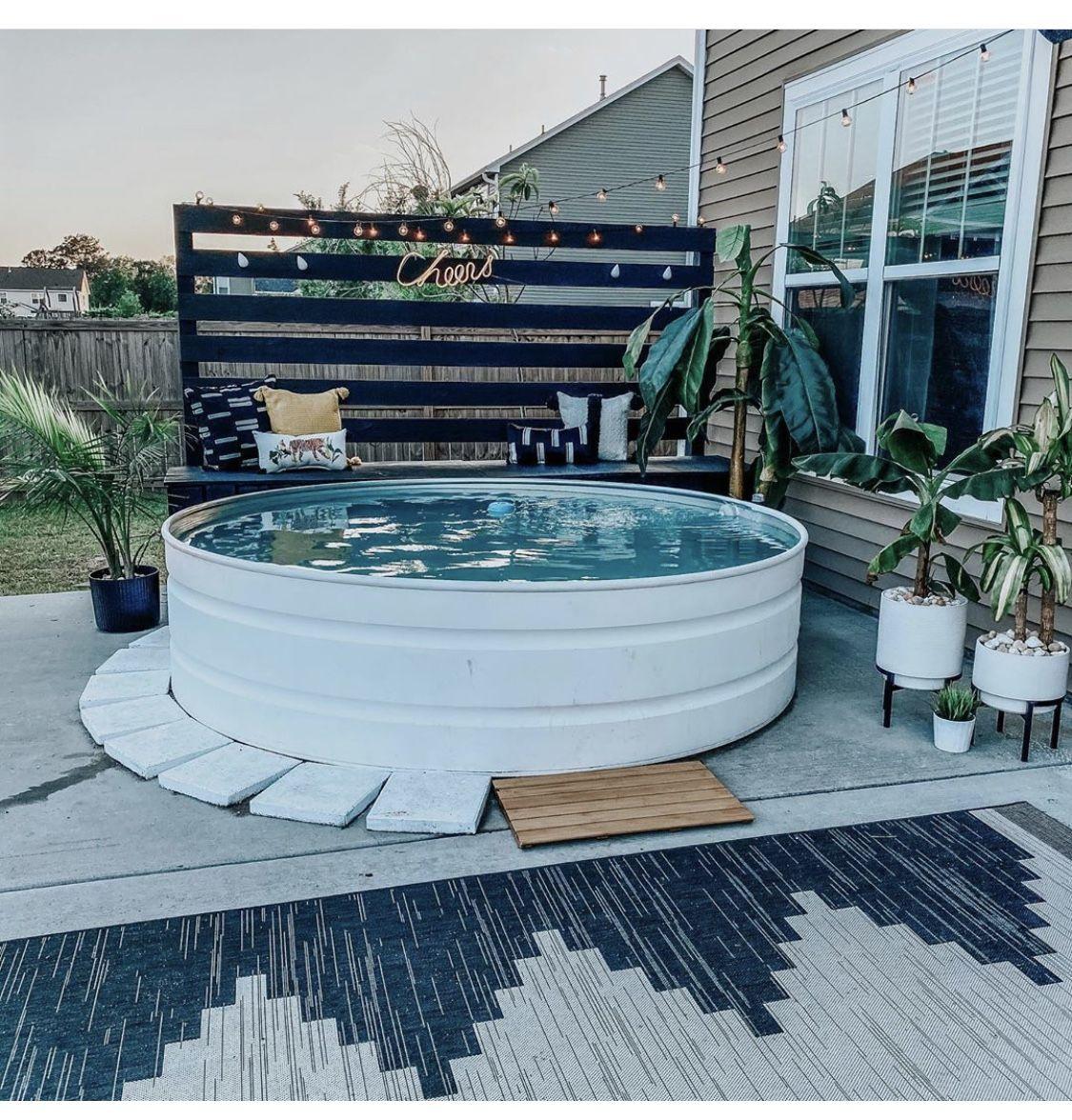 Pin By Ashley Fullen On Stock Tank Swimming Pool Backyard Inspiration Small Backyard Pools Backyard Inspo