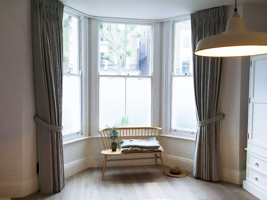 Pin by Helen on bedroom   Bay window curtains, Curtains ...