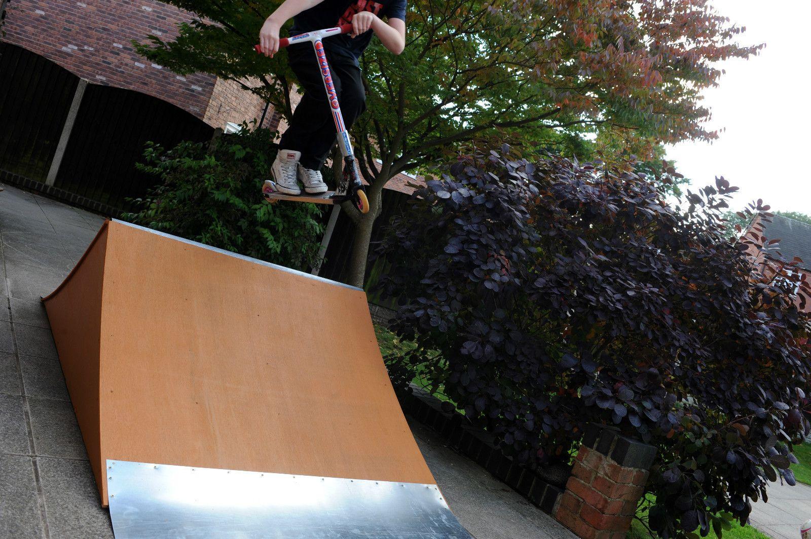 Scooter, Skate board, roller, BMX SPINE Ramp : diy skateboarding : Pinterest : BMX, Skateboard ...