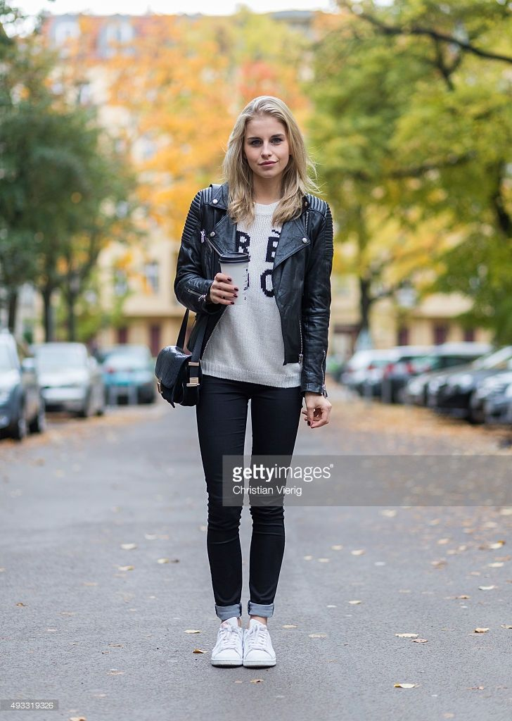 f06e57f33 Fashion Blogger Caroline Daur wearing Noisy May pants
