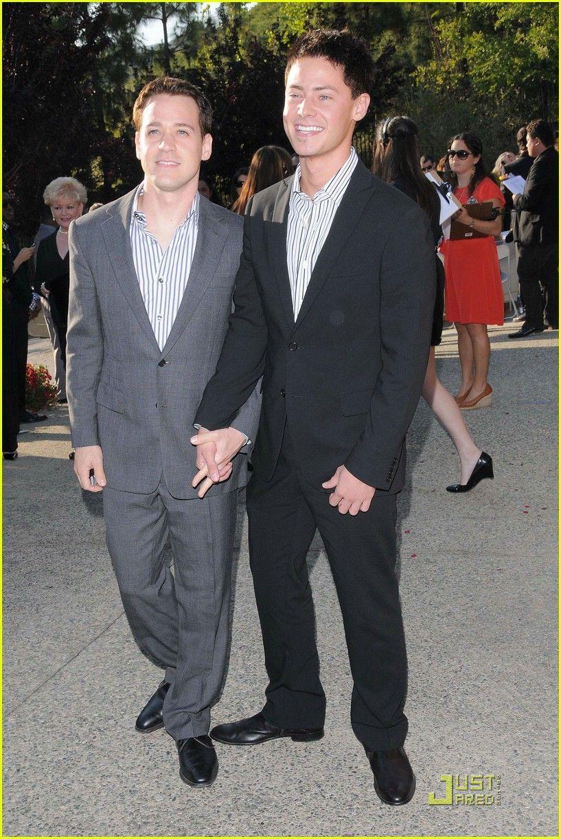 T R Knight Grey S Anatomy Boyfriend Mark Cornelsen Greys Anatomy Actors Greys Anatomy Knight