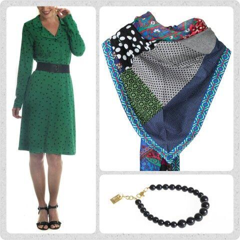 Friday favourites! Selvom det næsten er blevet vinter, behøver vores stil ikke blive sort og kedelig. Prøv en gang mønster miks med den grønne Iben kjole og et lækkert bæredygtigt patch unika tørklæde. Og bare lige for sjov, et fint dots armbånd af swarovski krystal perler.