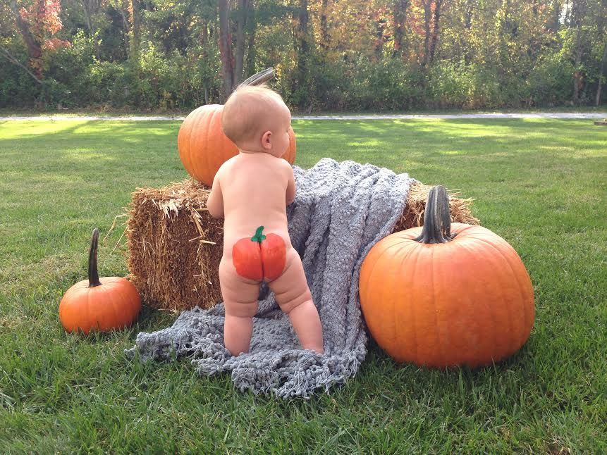 So you want to paint a pumpkin on your baby 39 s bum here 39 s Funny pumpkin painting ideas