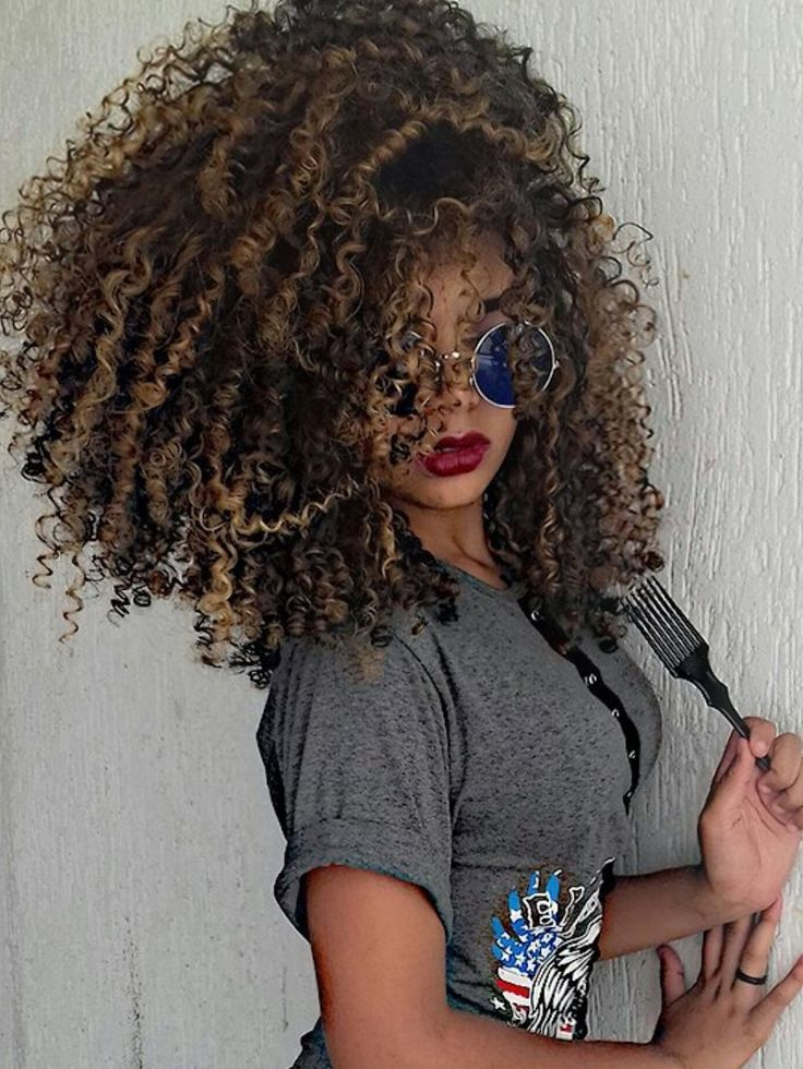 Curly Hair With Highlights Natural Hair Curly Hair Pinterest