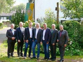 Ein Tag voller Freude, Musik und Unterhaltung: Bensberger Bauverein feierte 100-jähriges -- Über viele hochkarätige Gäste konnten sich die Vorstandsmitglieder an diesem besonderen Tag freuen.