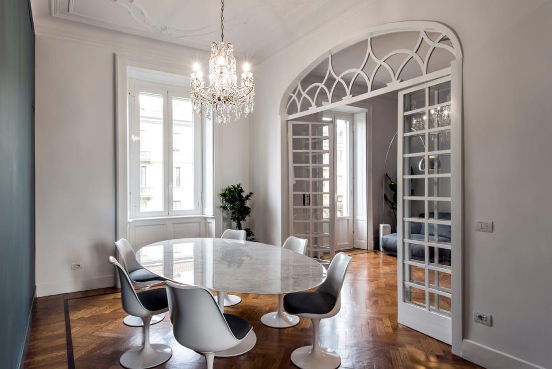Un appartamento a milano dal fascino irresistibile le for Appartamento interior design