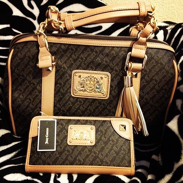 <3 juicy couture purse with matching wallet