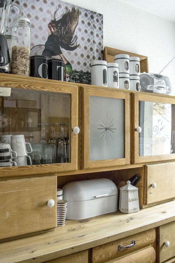 good einfache dekoration und mobel er jahre vintage kueche #1: Omas Küchenschrank ist endlich fertig. 3 Monate Arbeit zusammen mit  Schwiegerdaddy und jetzt stolz wie Bolle! | before-after | Pinterest |  Buffet, ...