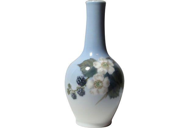 Royal Copenhagen Vase On Onekingslane Nips Pinterest Royal