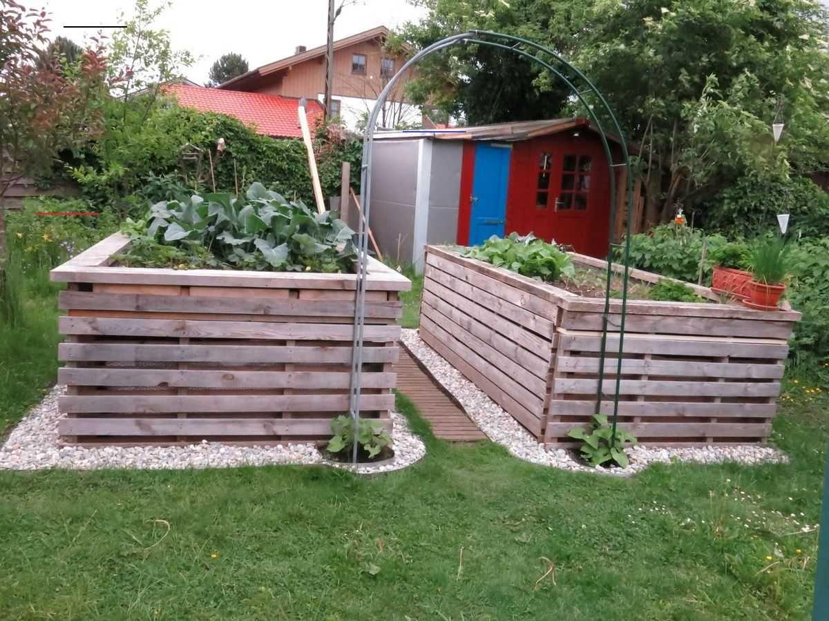 Gunstige Und Grosse Hochbeete Tomatenpflanzen Wir Haben Diese Hochbeete Aus Unbehandelten Paletten Gebaut Lediglich Die Schrauben Und