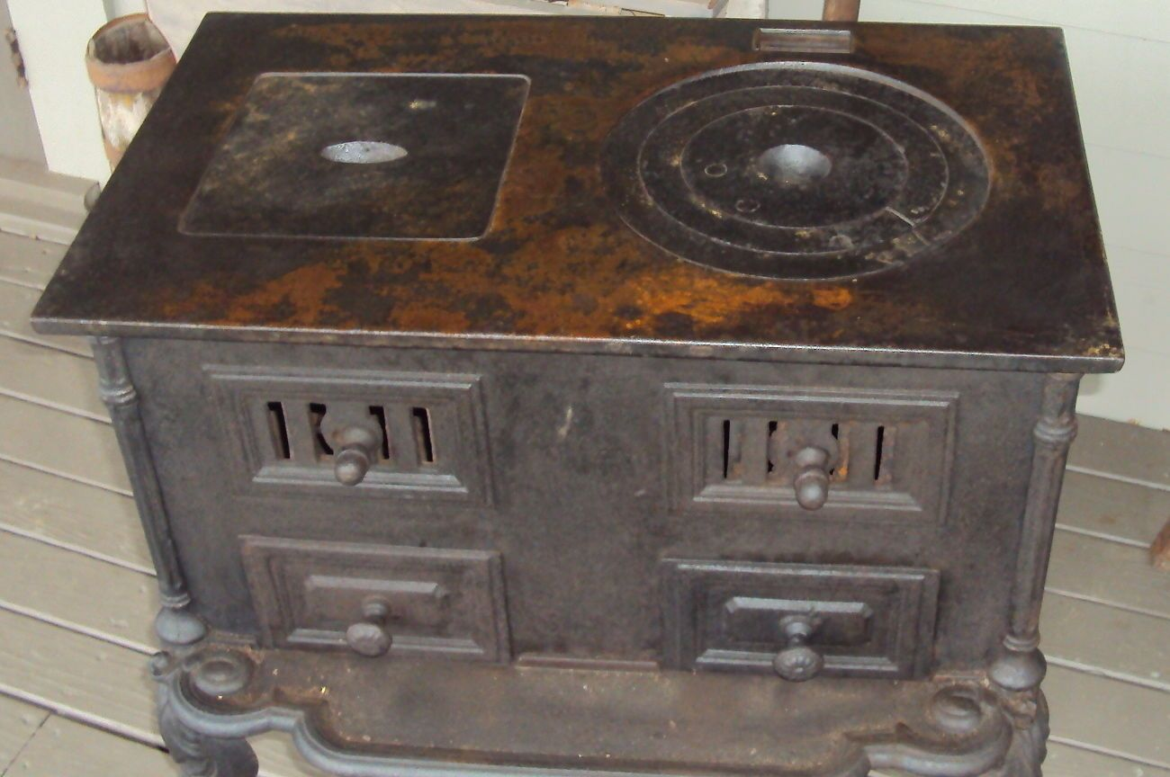 Very Old Coal Stoves Antique Cast Iron French Cook Stove