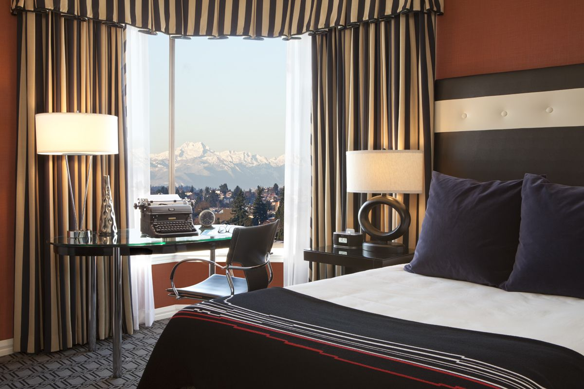 Every luxurious room at our Seattle hotel is straight out of the 30s. Check out our newly renovated Studio Singles, these unique rooms are located on the northwest side of our hotel and are a common favorite among those who appreciate the Olympic Mountains for their inspirational views.