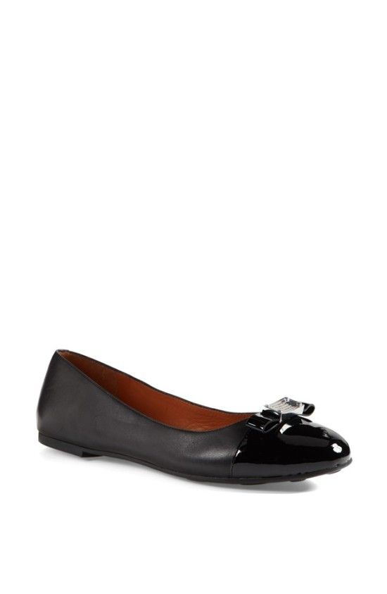 171b1c3eaeed MARC BY MARC JACOBS Tuxedo Logo Ballet Flat $136.80 | Details on  motoomotive.com
