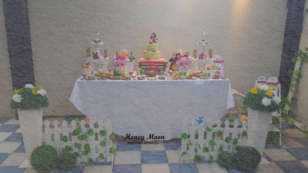 Masha y el oso Birthday Party Ideas | Photo 1 of 20