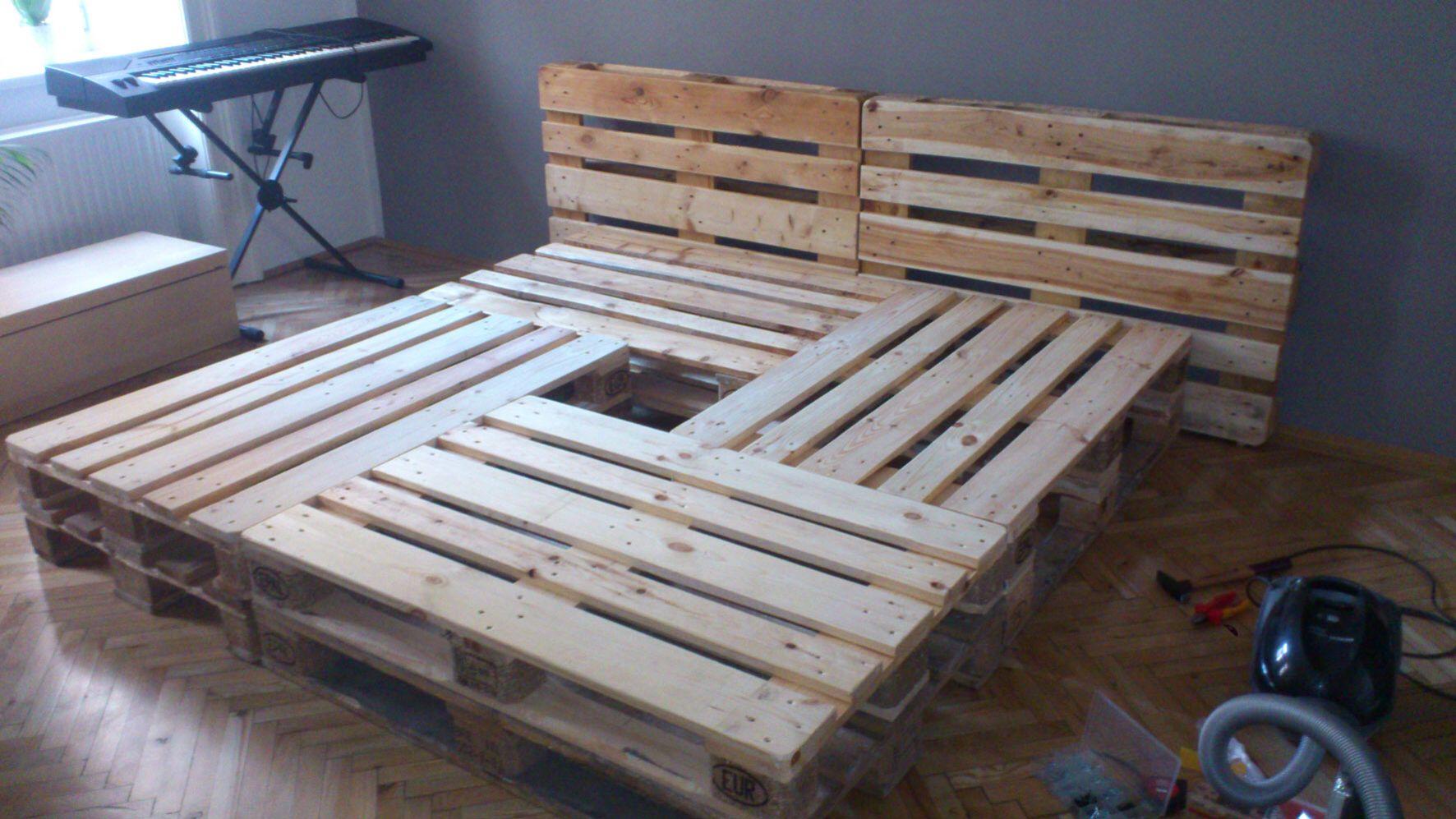 Diy Euro Pallets Bed Paletten Bett Pallets Pinterest Pallet