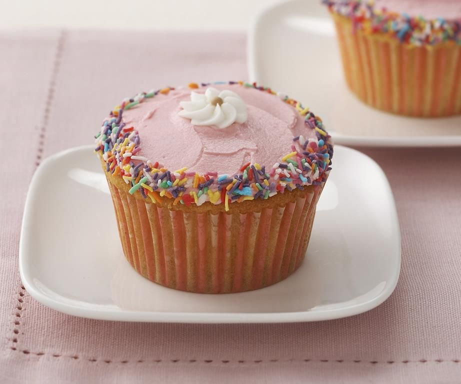 Vanilla Cupcakes Recipe With Images Cupcake Recipes