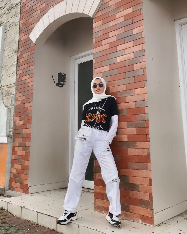 Pin oleh Isurhataislam di Outfits di 2020 | Model pakaian ...