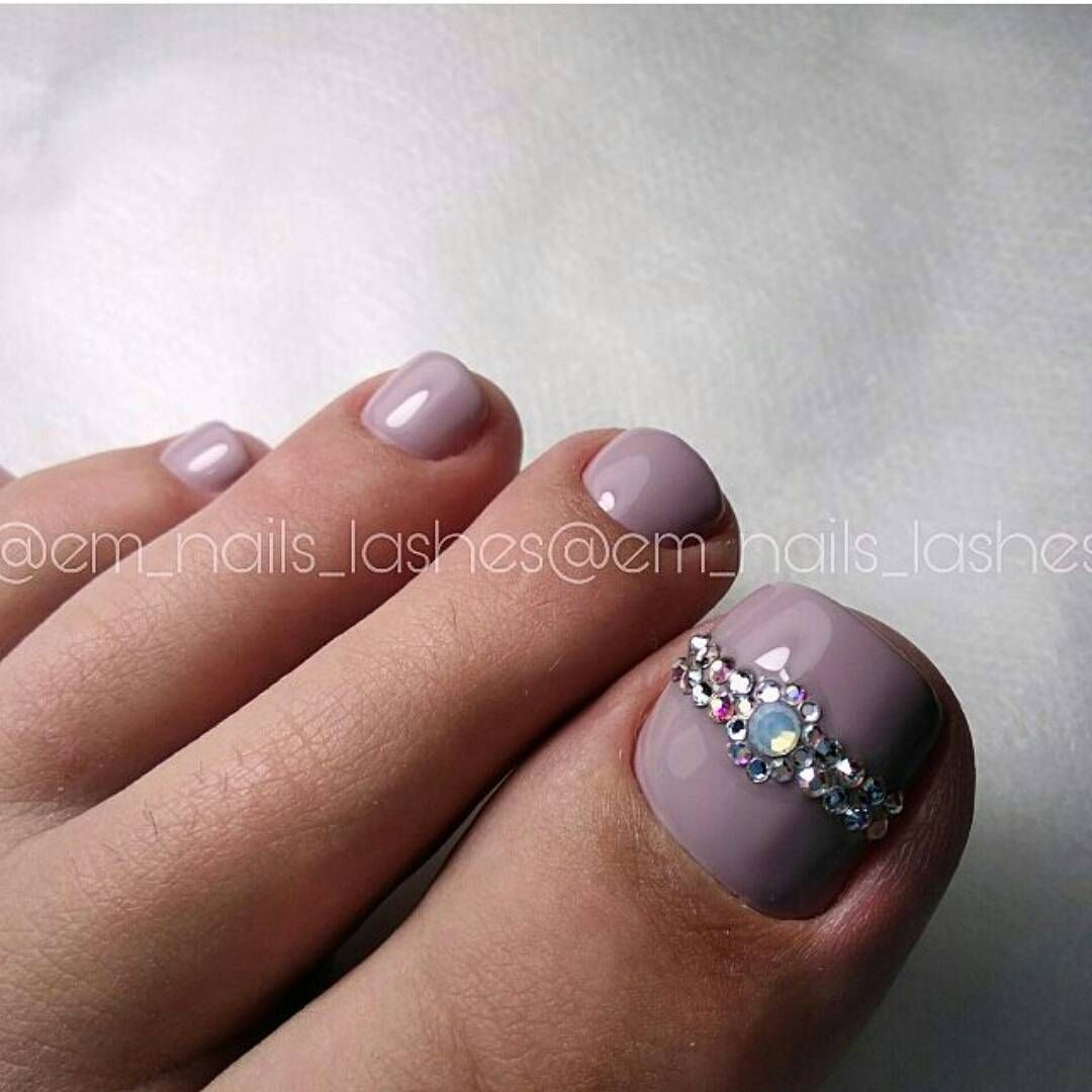 Nice toenails | Pedicure Ideas | Pinterest | Pedicures, Pedi and Toe ...