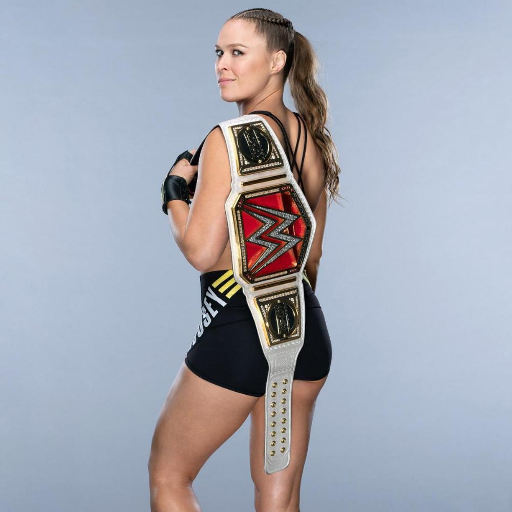 Raw Women S Champion Ronda Rousey Ronda Rousey Wwe Raw Women S Champion Wwe Raw Women