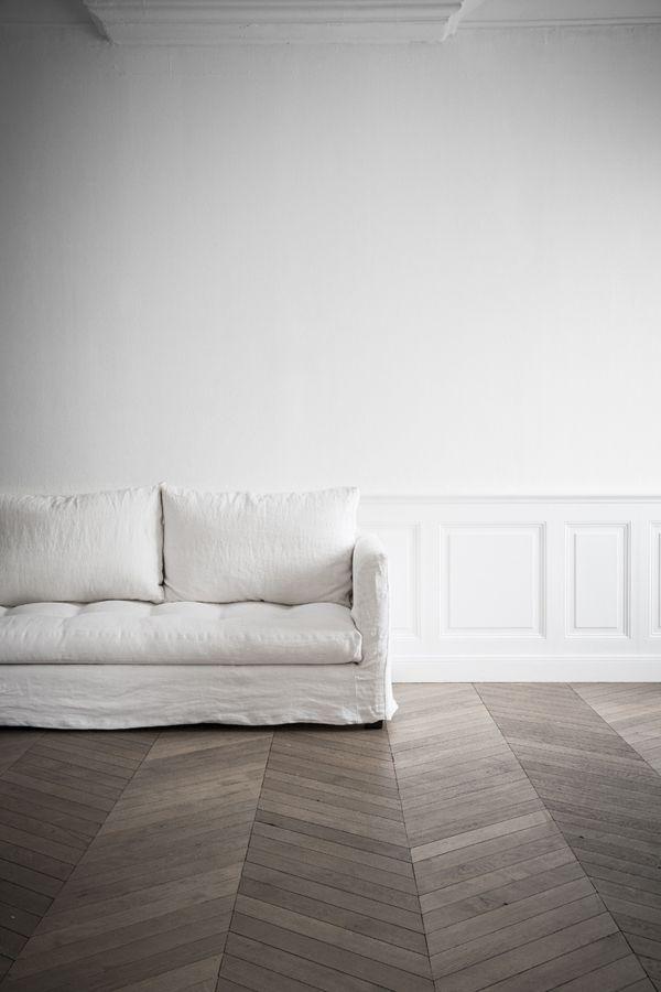 Le plancher en chevron s'harmonise autant dans un décor classique que moderne...