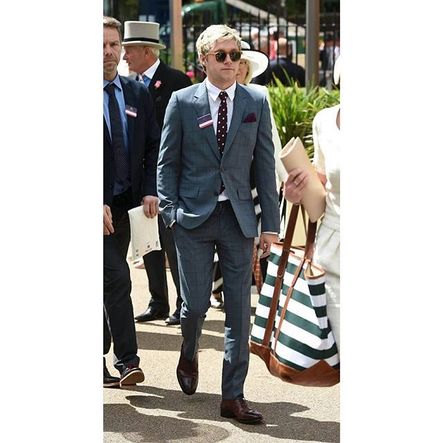 Niall earlier today at day two of #RoyalAscot! ~ Ju