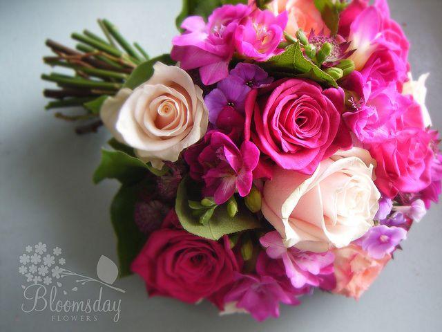 Todos os tamanhos | bridal bouquet in vibrant tones | Flickr – Compartilhamento de fotos!