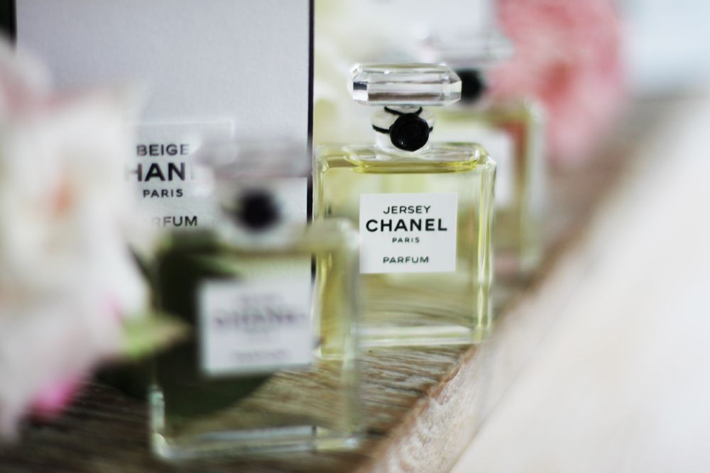 1bd90c0a8b chanel les exclusifs 1932 | Beauty | Chanel, Perfume bottles, Perfume