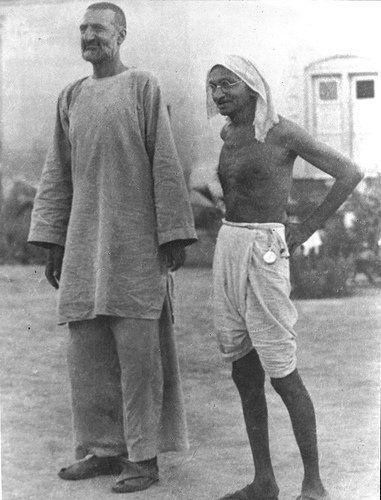 ffa019a5929f8 Bacha Khan and his friend Sarhadi Gandhi