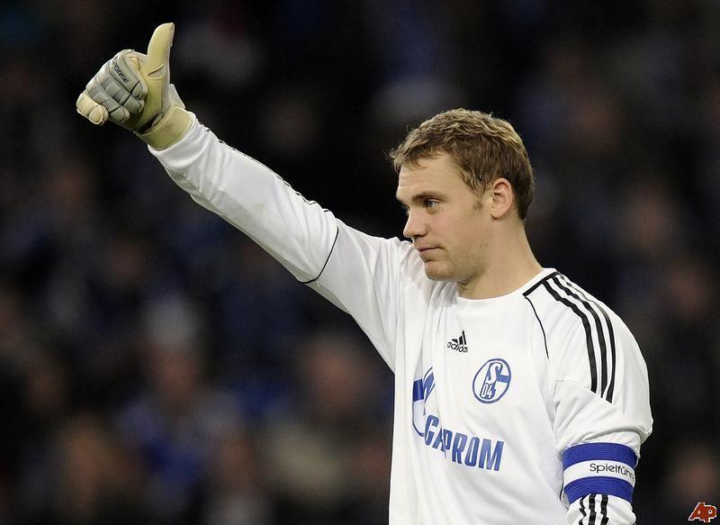 Manuel Neuer Playing For Schalke 04 Neue Wege Fussball Nationalmannschaft