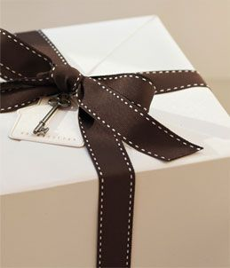 Create A Wedding Registry Or Friend S Bridal And Find The Perfect Gift At Pottery Barn From Furniture To Dinnerware