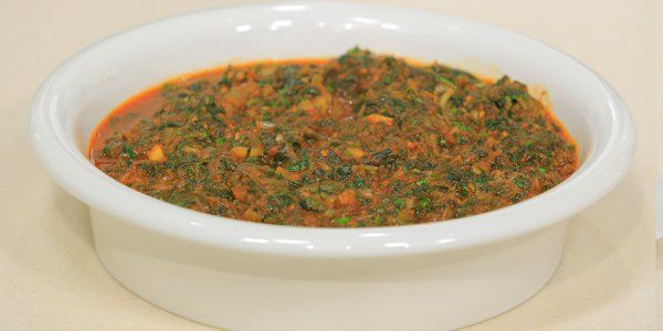 Cbc Sofra طريقة عمل سبانخ مطبوخة أميرة شنب Recipe Recipes Beef Food