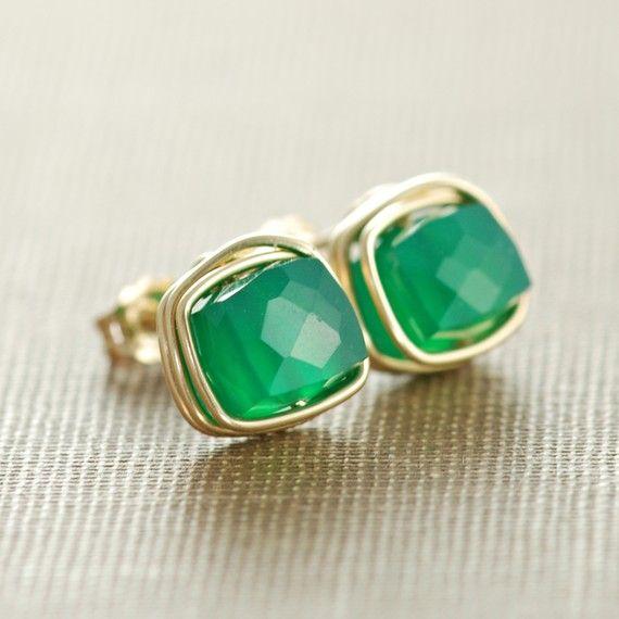 aubepine earrings... http://www.etsy.com/shop/aubepine?page=2