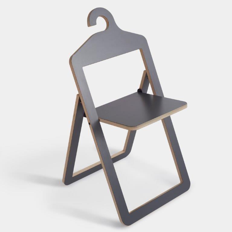 La Chaise Et Le Pot Blogue De Chantal Lapointe Casa Chaise Pliante Design Mobilier De Salon Decoration Loft