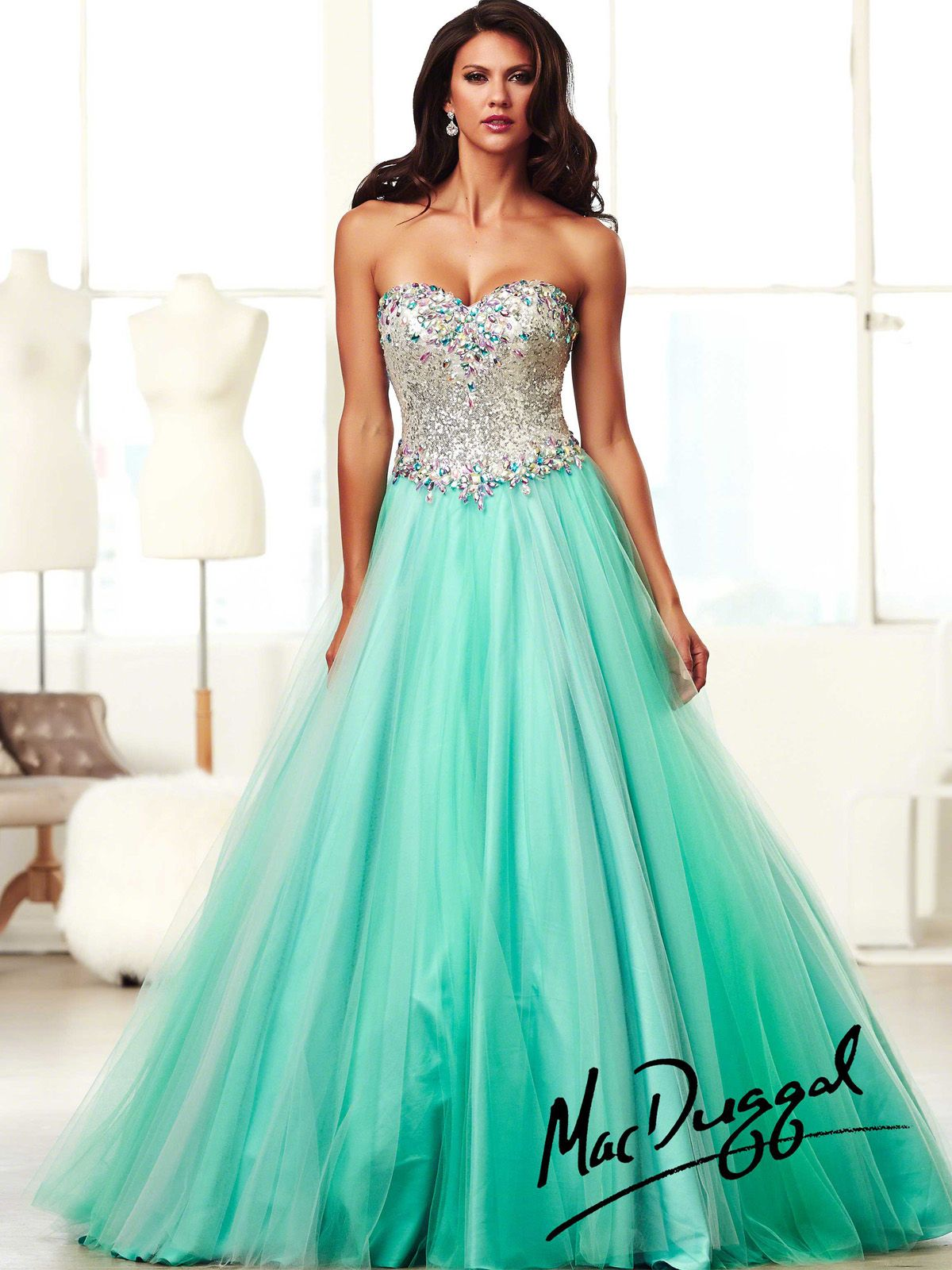 You will make an unforgettable entrance in this mac duggal ball gown
