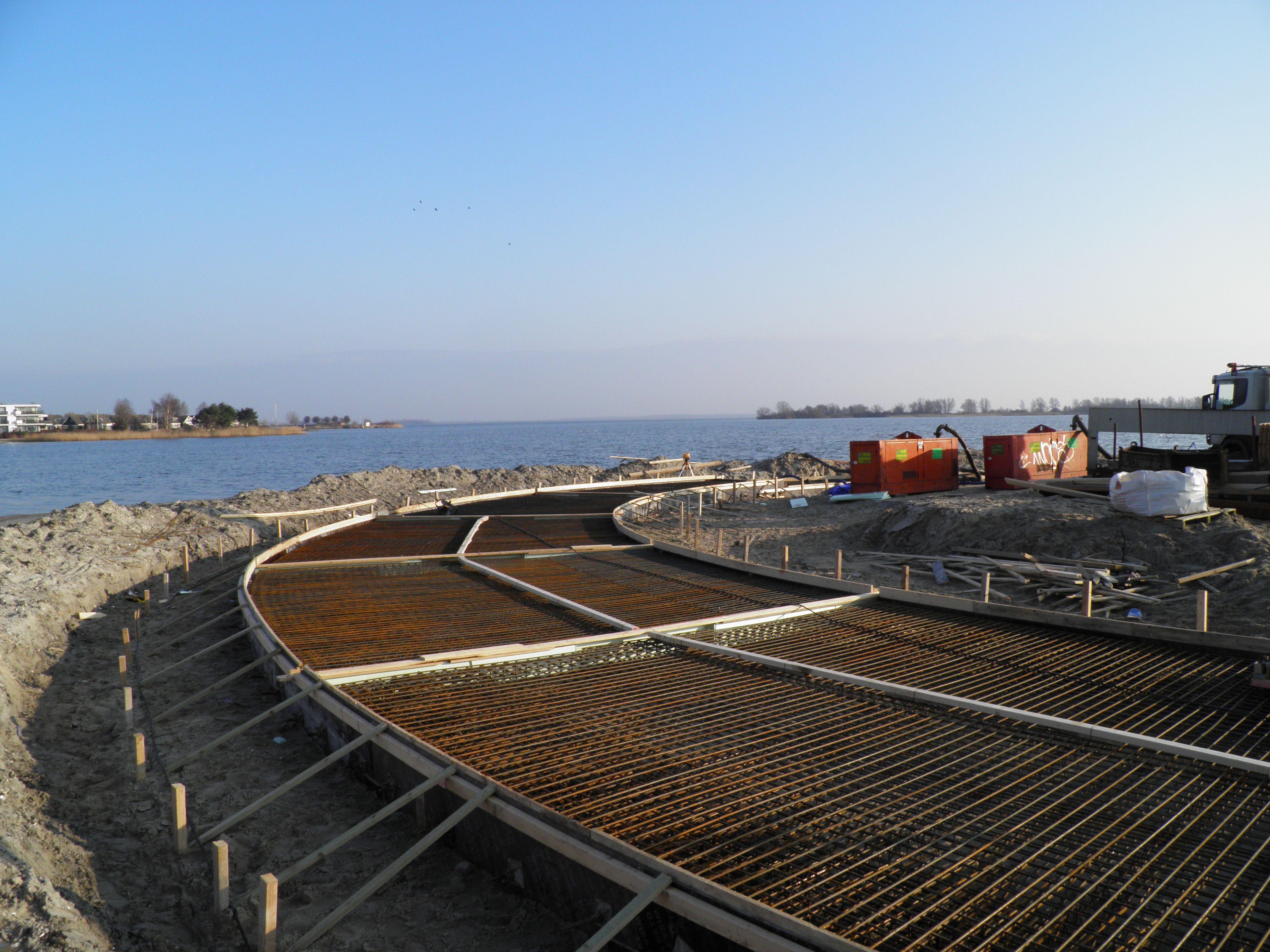 9. De opbouw voor de betonvloer gaat razendsnel