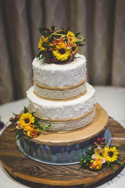 Fall Michigan Banquet Wedding White texture Wedding cake and Cake