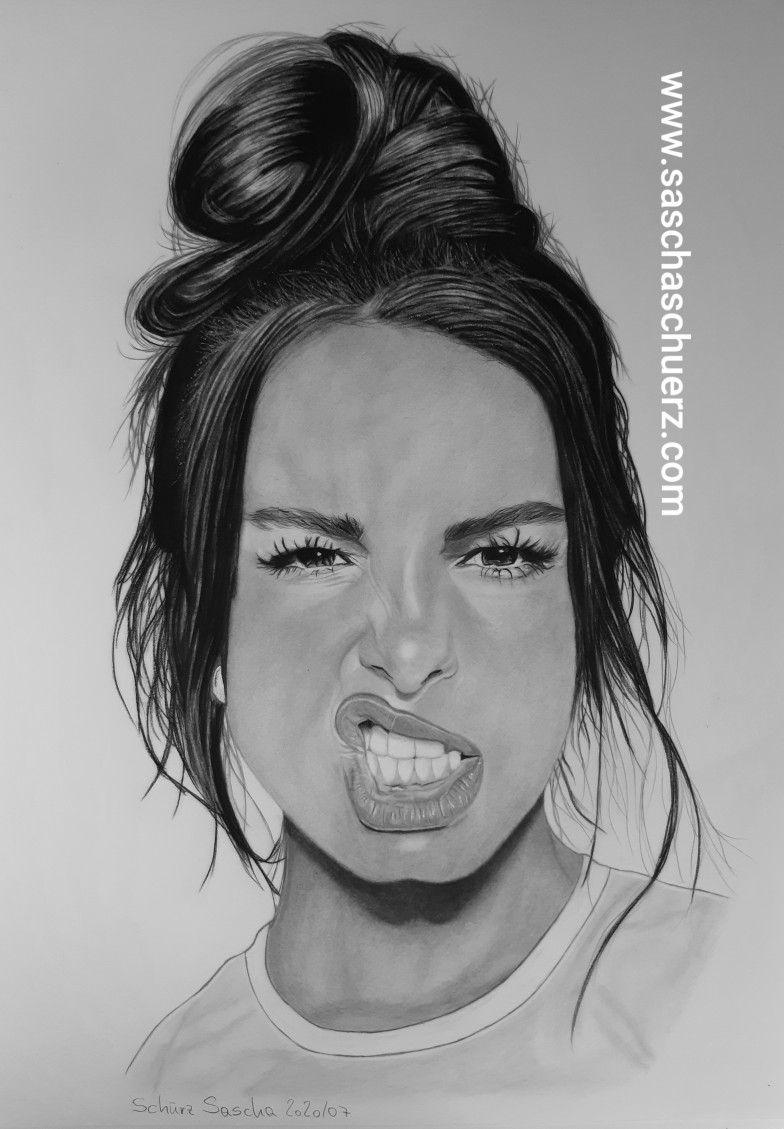 Addison Rae Drawing By Sascha Schurz Portrat Ideen Portrait Zeichnen Schone Bleistiftzeichnungen