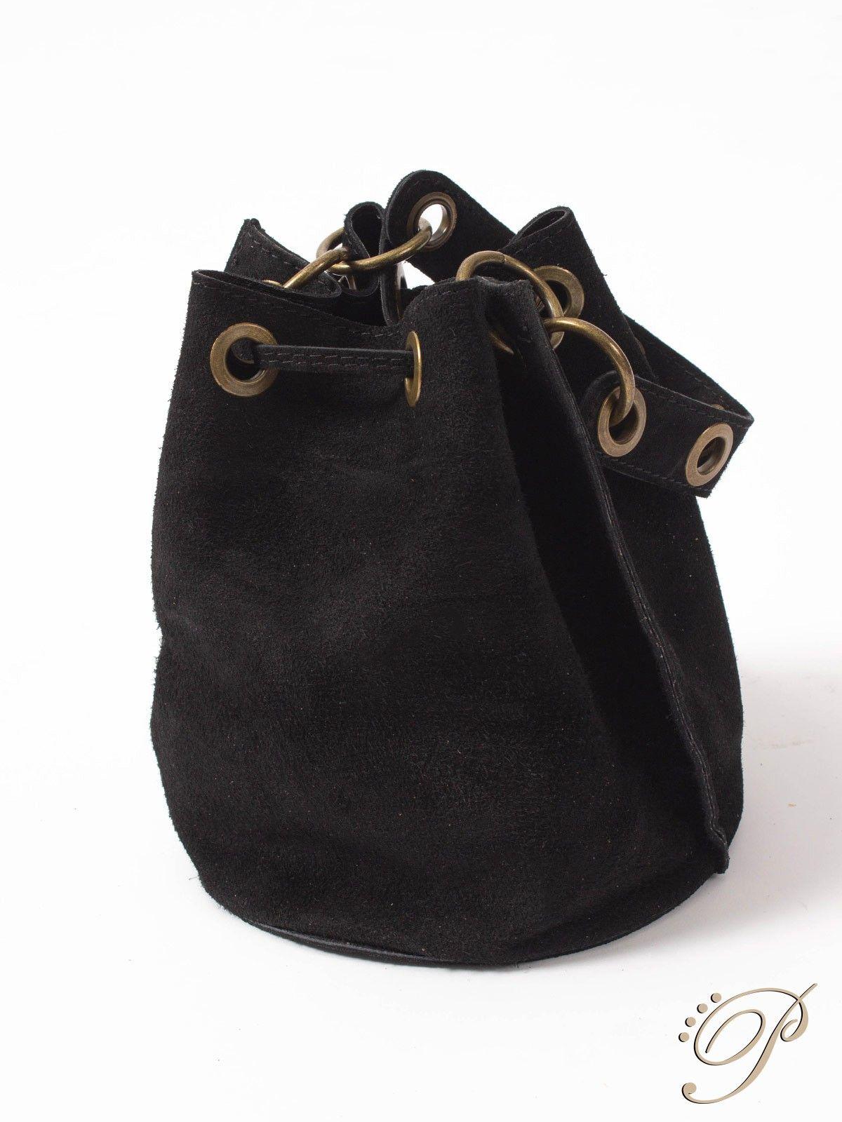 4c7d0ab8d0d99 Bolso Senia Negro - Bolso tipo saco de serraje en color negro. Asa corta.