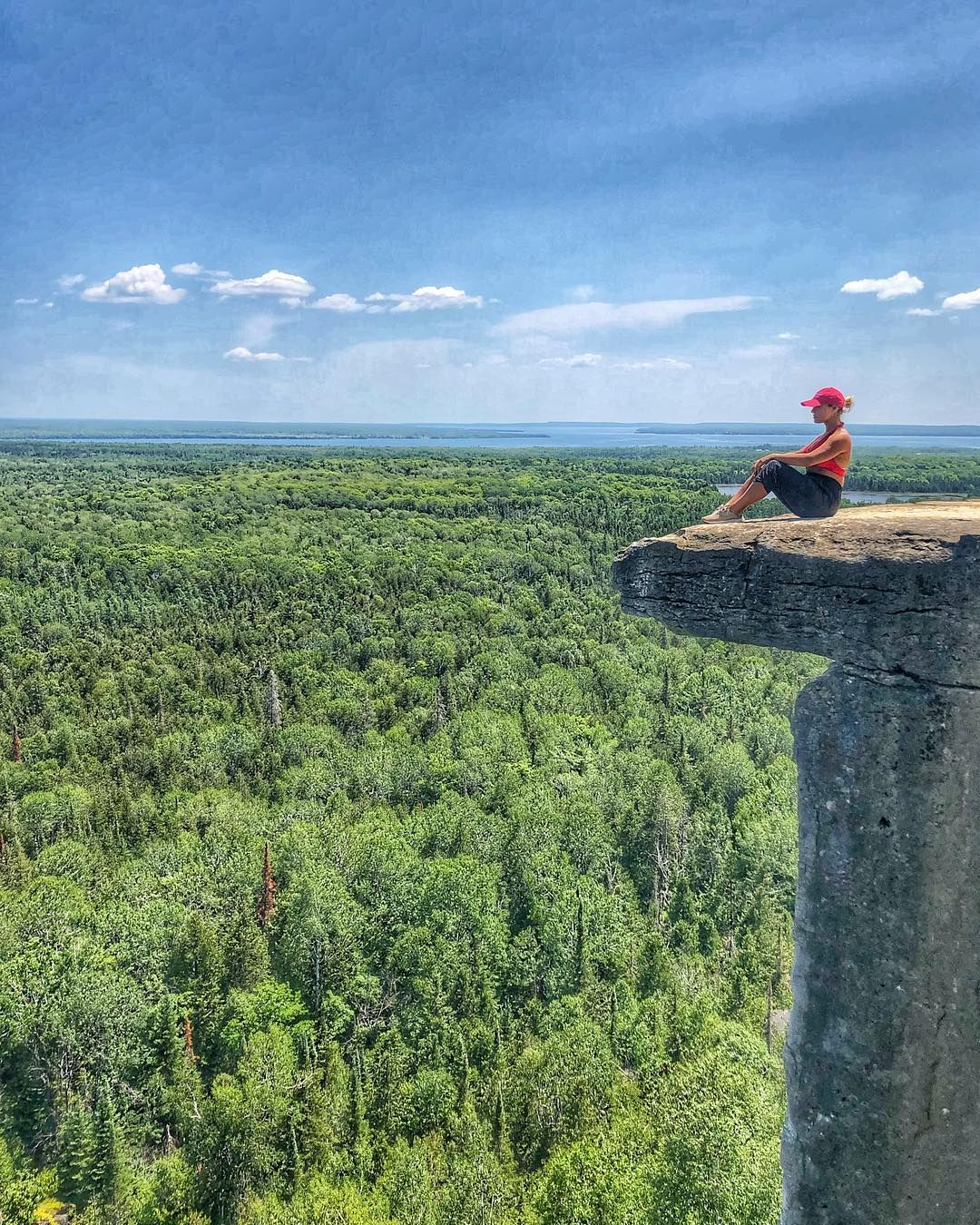 21 Natural Wonders To See In Ontario If You're Tired Of Waterfalls