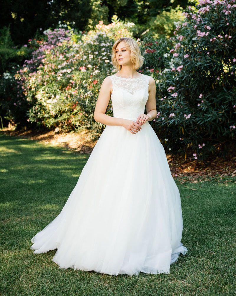 Festtruhe - Küss die Braut Kollektion 2018 | Brautmode